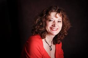Sonia Bakalchuk - palm reader
